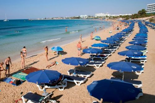 Brits cancel their holidays to Cyprus due to 'nightmare' entry requirements
