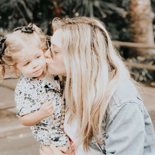 Social media influencer Ashley Stock's three-year-old daughter Stevie dies after brain cancer battle