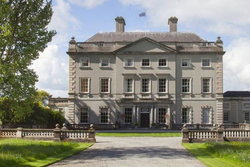 Inside £18m home that takes 45 minutes to walk round and no one wants to buy