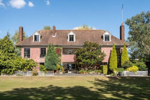 The Big Breakfast House Goes Up For Sale - And It's Yours For A Cool £5.7m