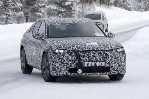 New 2021 DS 4 Crossback SUV spied in the snow
