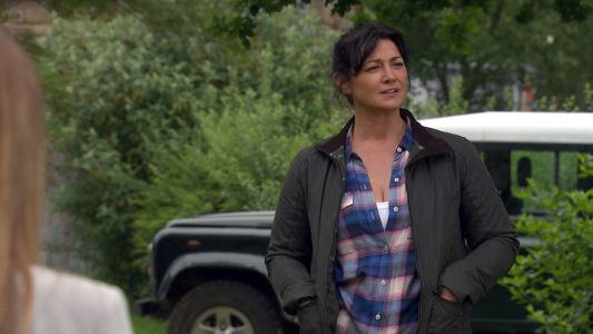 Emmerdale spoilers: Natalie J Robb reveals Moira Dingle's terror over DI Malone