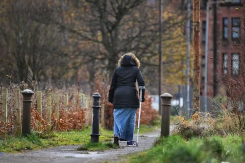 Healthy life expectancy in Scotland drops to just 61 years old for men and women