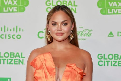 Fuming Chrissy Teigen accuses Michael Costello of faking DMs amid tweet scandal