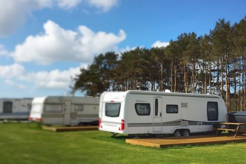 Guests told to 'get off caravan park and never come back' after grim shower find