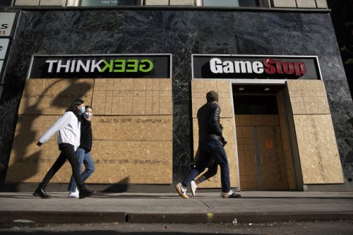 GameStop locked in David-and-Goliath battle between Wall Street and Reddit