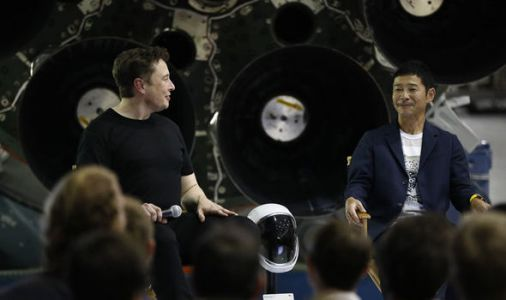 Elon Musk's SpaceX reveals Big Falcon Rocket to send first person to fly around MOON