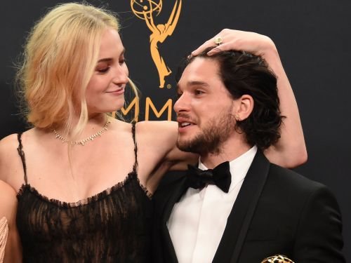 Sophie Turner says the 'Game of Thrones' cast makes fun of Kit Harington for his obsession with his hair