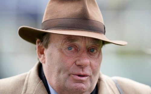 Nicky Henderson onAltior ahead of Ascot clash: 'He's in great form - he doesn't look like a horse who'll stay'
