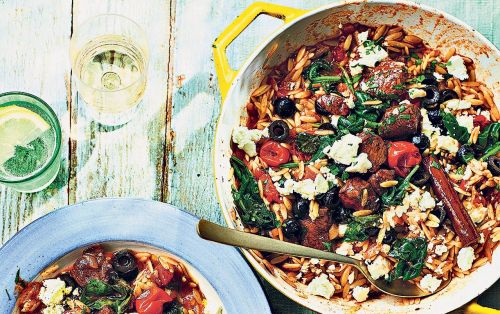 One-pot lamb orzo with spinach, black olives and feta recipe