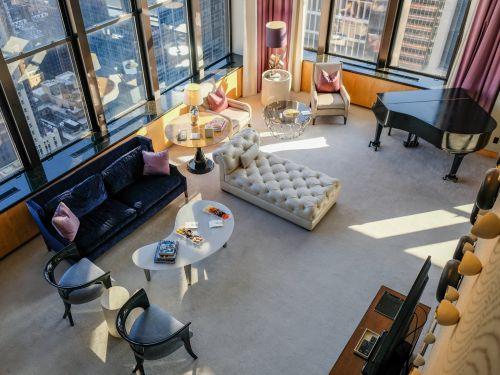 One of NYC's most iconic hotels was used to film 'Gossip Girl' scenes. I got a tour of its $25,000-a-night penthouse suites - here's a look inside