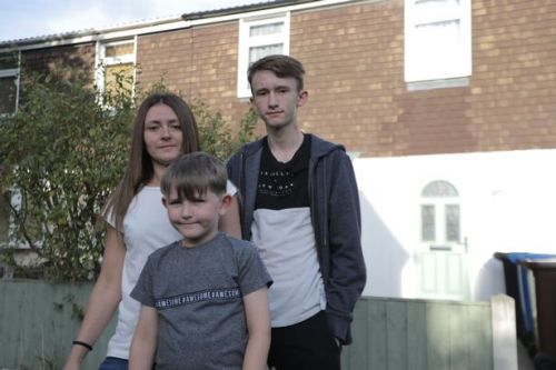 Single mum splashes £350 in Primark with £1,100 budget on Rich House, Pour House
