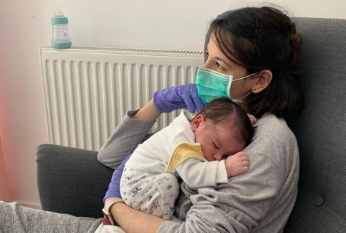 Mum didn't see her newborn baby for 10 days after testing positive for coronavirus