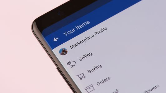 Scammers turn to Facebook Marketplace as it hits a billion users