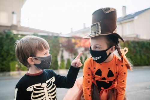 Halloween costume ideas that incorporate face coverings