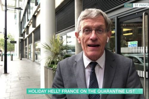 Travel expert's 'strict' warning to holidaymakers amid quarantine 'mess'