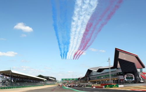 Silverstone get green light to host capacity crowd