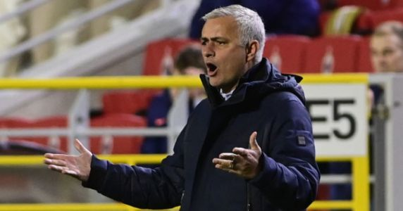 Mourinho says he does not want questions about Dele Alli after dire display