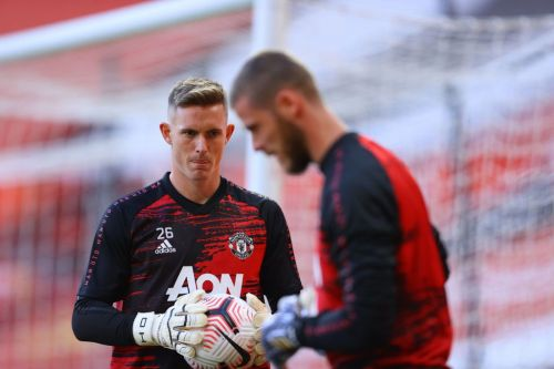 David De Gea in 'very awkward situation' at Manchester United, believes Paul Parker