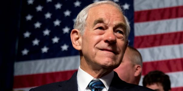 US Congressman Ron Paul suffers 'medical emergency' during live interview