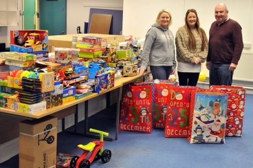 West Dunbartonshire Community Foodshare appealing for toybank donations