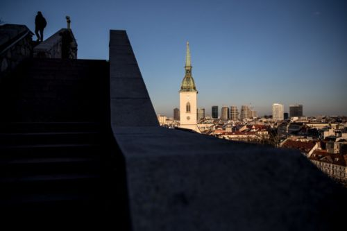Slovakia's opposition sets sights on government