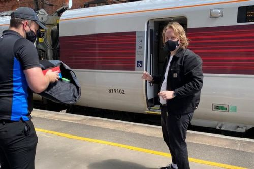 Lewis Capaldi gets Dominos pizza delivered to London bound train mid-journey