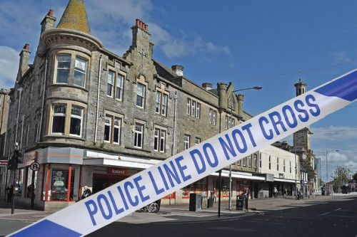 Teenager left with facial injuries following late-night Irvine attack