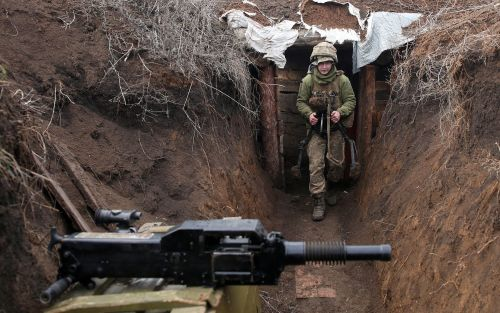 Britain in talks to sell arms to Ukraine for first time