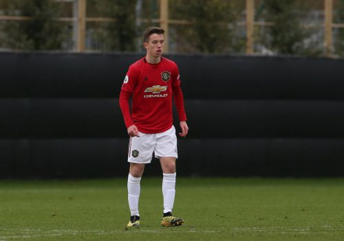Harvey Neville, son of Phil and nephew of Gary, signs first professional contract at Manchester United