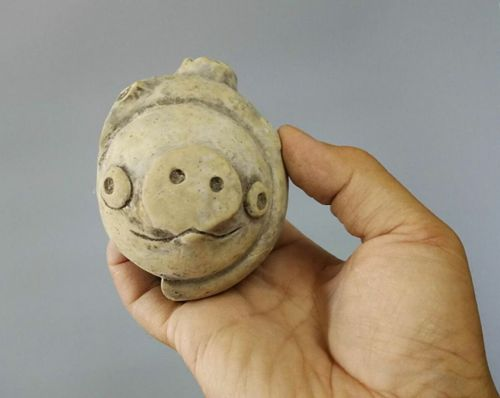 3,000 year old clay figure looks just like a pig from Angry Birds