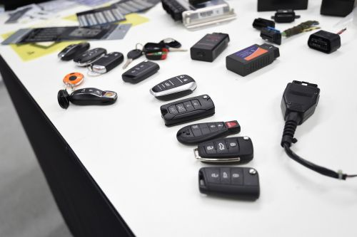Car industry hits back at keyless car theft security tests