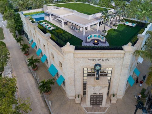 A $17.5 million penthouse is being built on top of a Tiffany store in Palm Beach, and it comes with its own pool and putting green