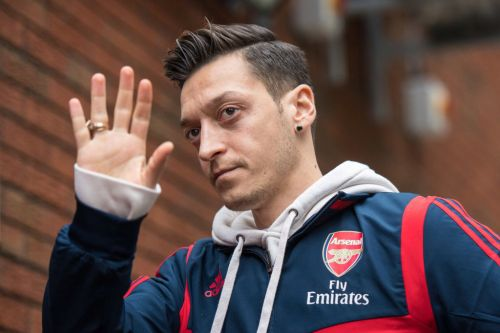 Arsenal outcast Mesut Ozil confirms he is travelling to Istanbul on Sunday night to sign for Fenerbahce