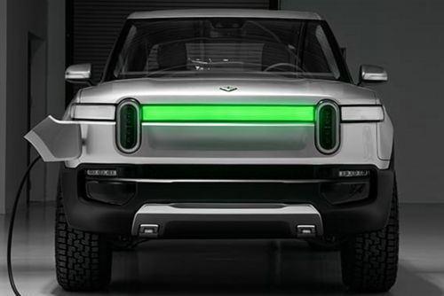 Ford and Rivian announce £380m deal to develop new electric Ford