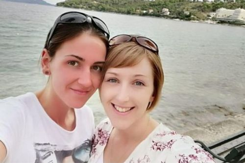 Same-sex couple are asking for £3,000 to help them start a family
