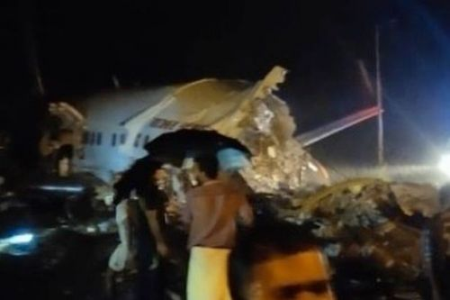 Pilot killed on Air India flight and many hurt after plane crashes