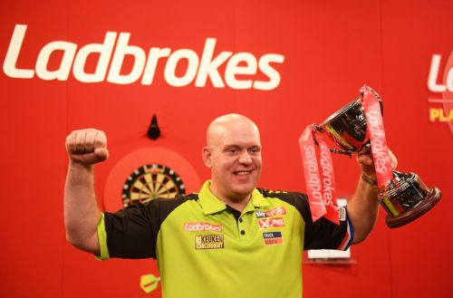 World Darts Championship: Free £20 sign-up offer with Ladbrokes