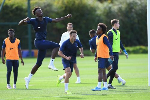 No agreement reached with time running out for Chelsea winger
