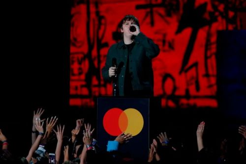 Brit Awards Pulls Sound During Lewis Capaldi's Acceptance Speech