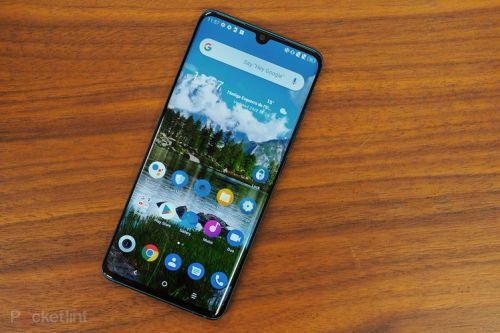 TCL 10 Pro in pictures: A curved screen dream?