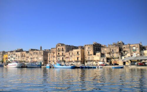 Taranto in Italy's deep south becomes first city to offer homes for€1 after success of hill town initiative