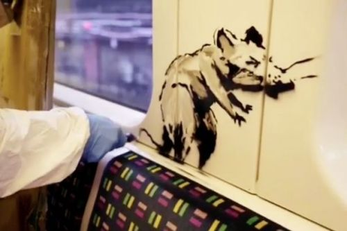 Banksy's coronavirus Tube rat art removed 'for violating anti-graffiti policy'