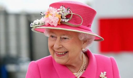 Queen sends gift to pensioners for Maundy Thursday in innovative way during lockdown