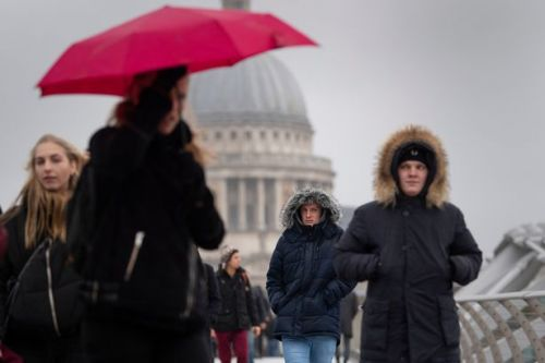 Storm Aiden to batter Britain in two days - temperature to plummet 10C