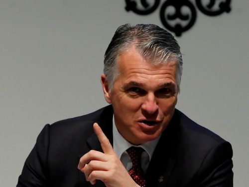 UBS had 2 multi-billion-dollar clients pull their money out of its massive Americas wealth business, driving overall fourth-quarter outflows