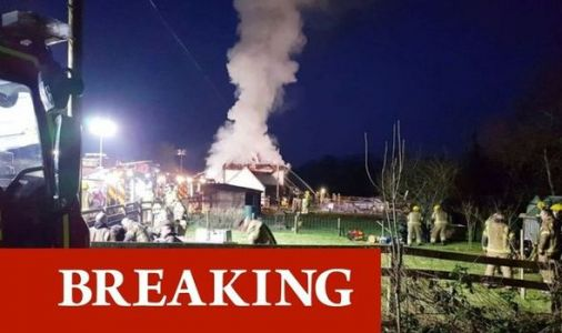 Bransbury fire: Over 100 firefighters rush to scene as multiple cottages set ablaze