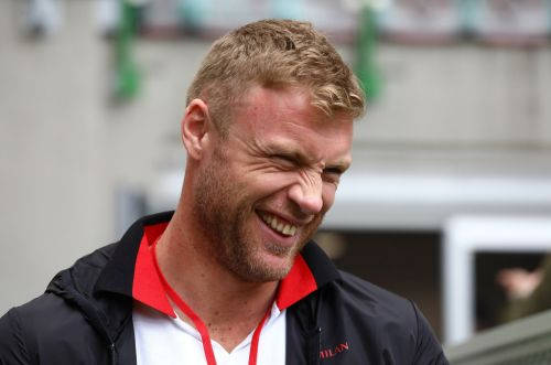 Freddie Flintoff called for medic after his penis went numb on charity bike ride: 'It was like a dead fish'