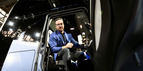 Nikola falls 9% in pre-market trade after hold on potential partnerships talks