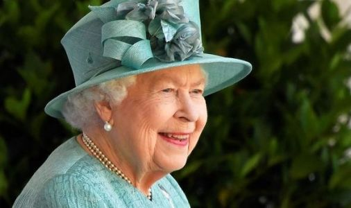 Queen to travel 500 miles for summer holiday as Monarch LEAVES England